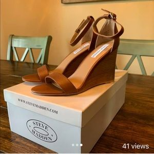Steve Madden heels size 8 fit like a 7.5